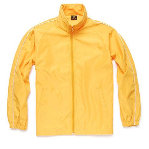 款式黄季节色品牌风衣