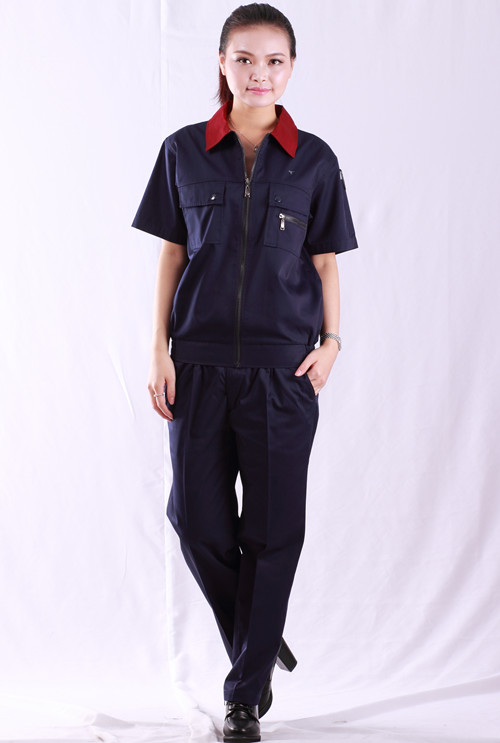 深季节蓝拼颜款式色接领短袖夹克