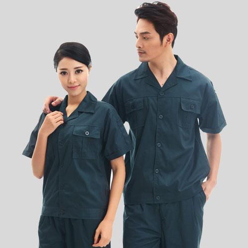 不同行业对定做工作服的穿着要求也不同