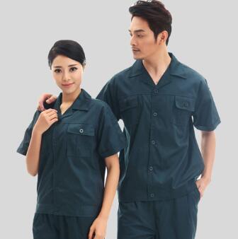 如何选择机械厂工作服的款式和面料